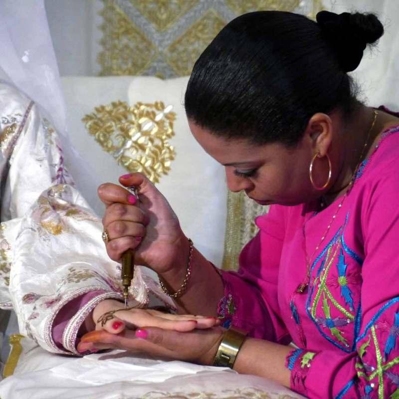 La séance du henné