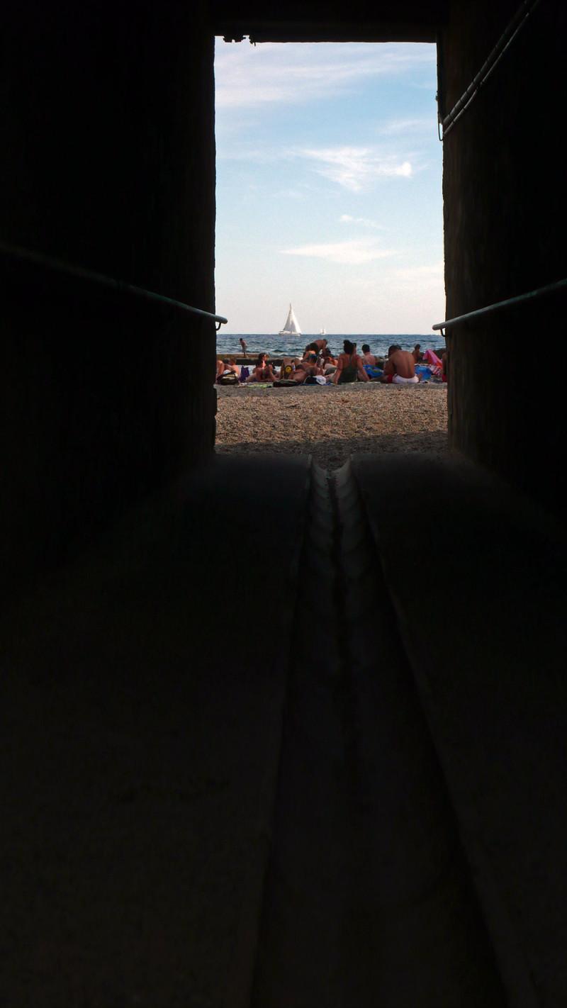 Au bout du tunnel la mer...