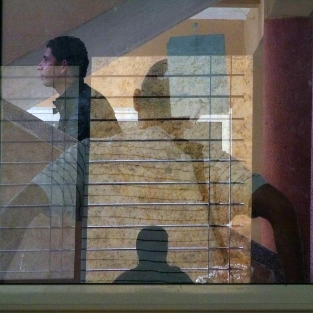 Derrière la fenêtre 2/4