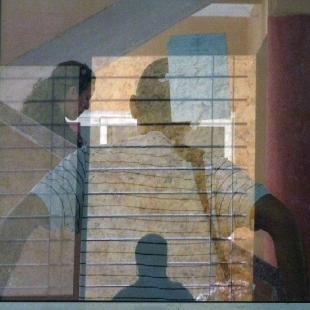 Derrière la fenêtre 3/4