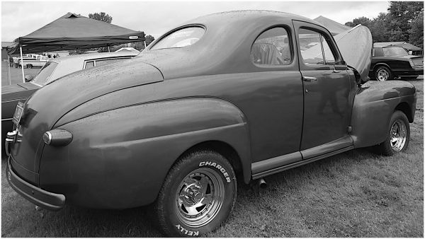 1942 modified Ford