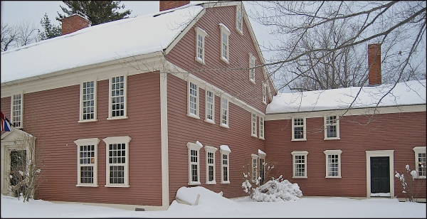 Lonfellow's Wayside Inn, Massachusetts