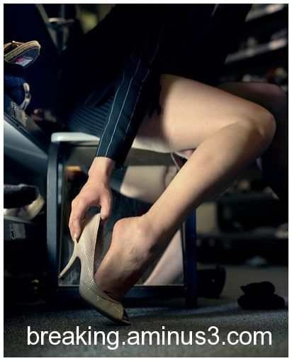 Legs always in the scene - 41