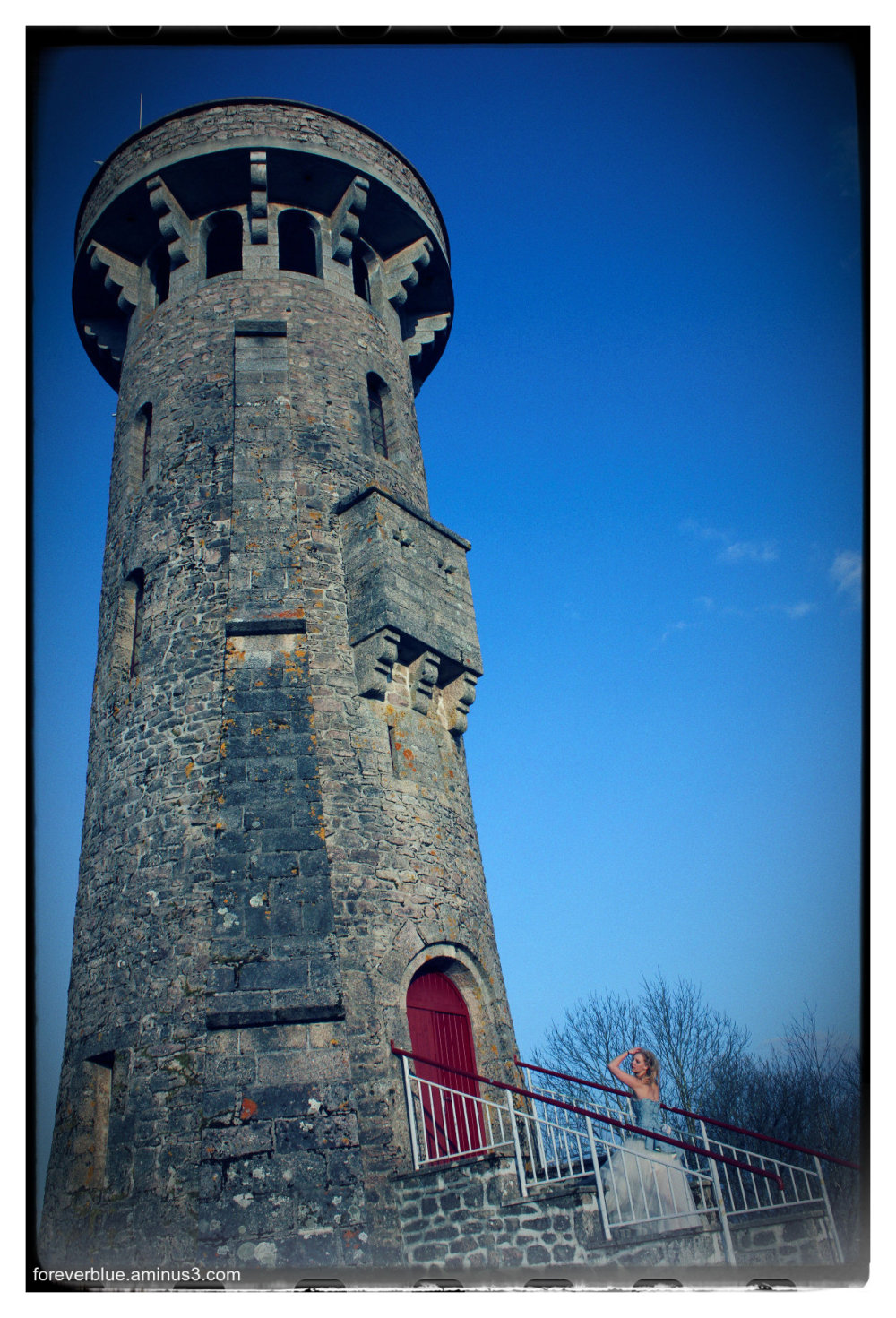 ...ALL ALONG THE WATCHTOWER ..