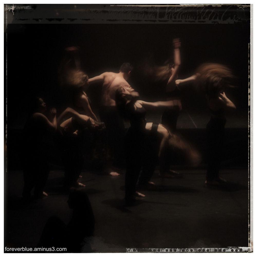 ... DANCIN' MACHINE'S BACK(2)