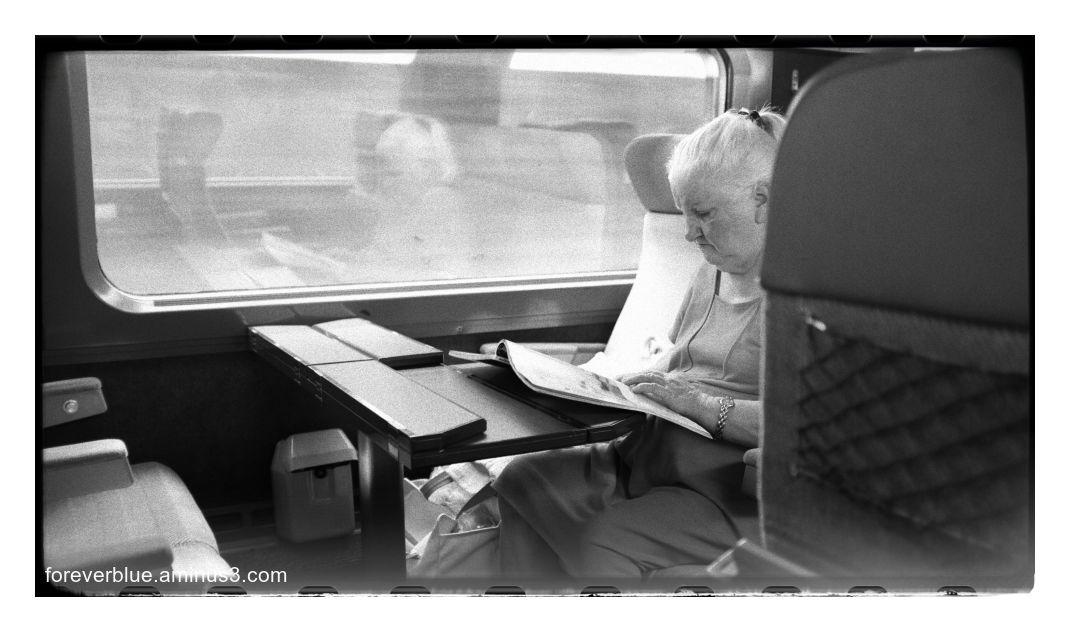 ... LA DAME DU TRAIN ...