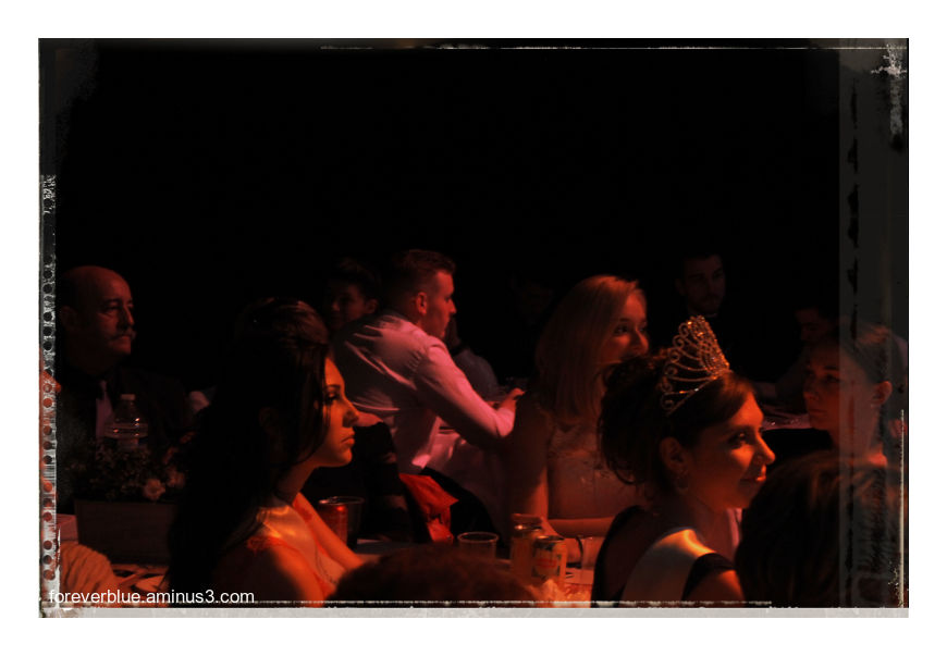 ... FASHION BACKSTAGES(4) : FACES IN THE DARK ...