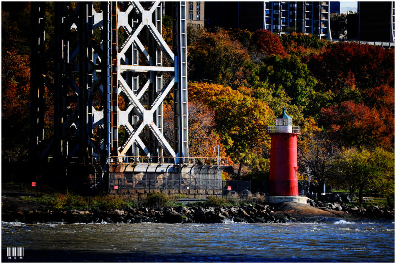 The Little Red Lighthouse & the Great Gray Bridge