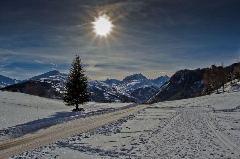 Un contre-jour en montagne