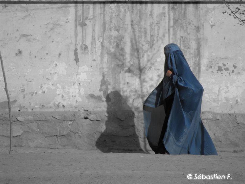 La femme en bleu