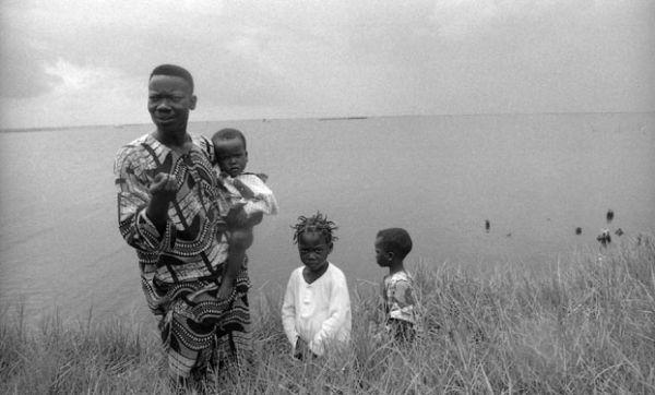 Mr Doumagnon et ses enfants ( Bénin)-(2)