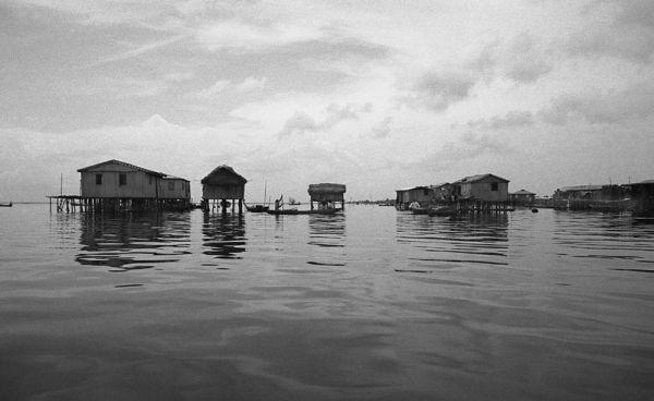 Entre l'eau et le ciel, Ste-Cécile (Bénin)