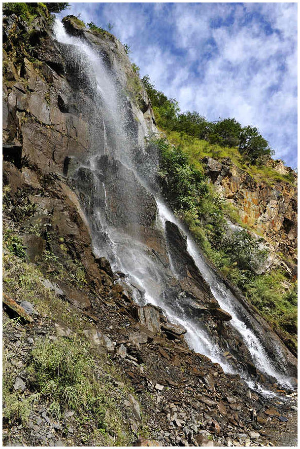 Photography of Tiger Leaping Gorge