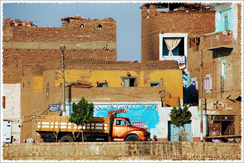 Life on the banks of Nile...../   SHADOW