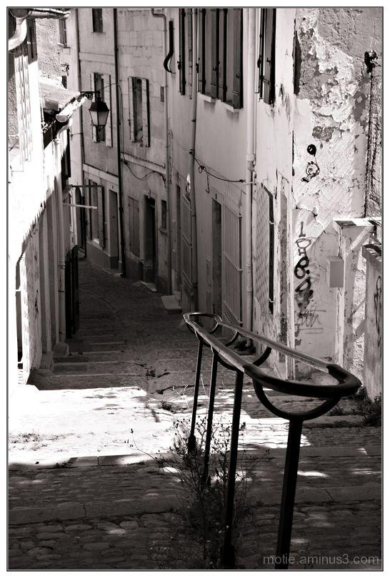 the old deserted street.