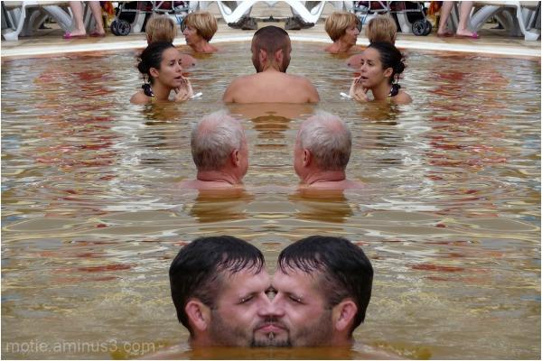 Benetton....kiss in the pool.