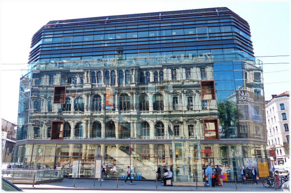 Escapade à Lyon/ reflet sur l'Opéra