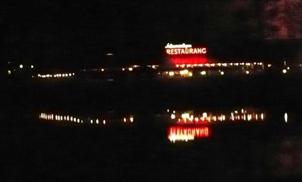 Mörkt på kvällen i Örebro