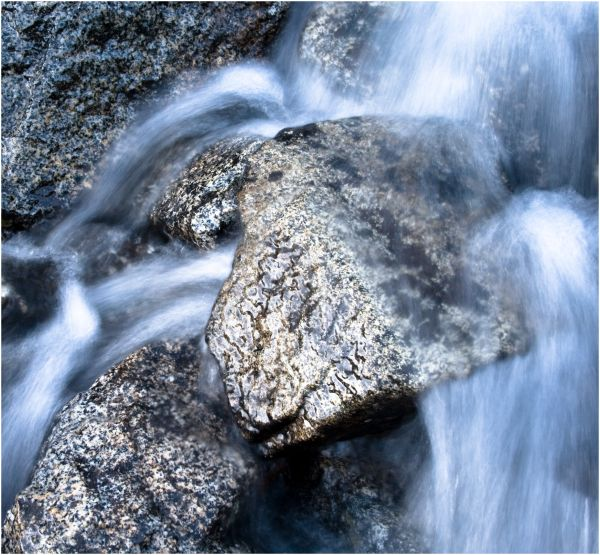 Cascade stream motion blur
