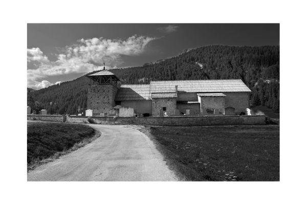 Eglise à Molines