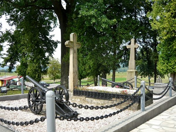 The grave and monument