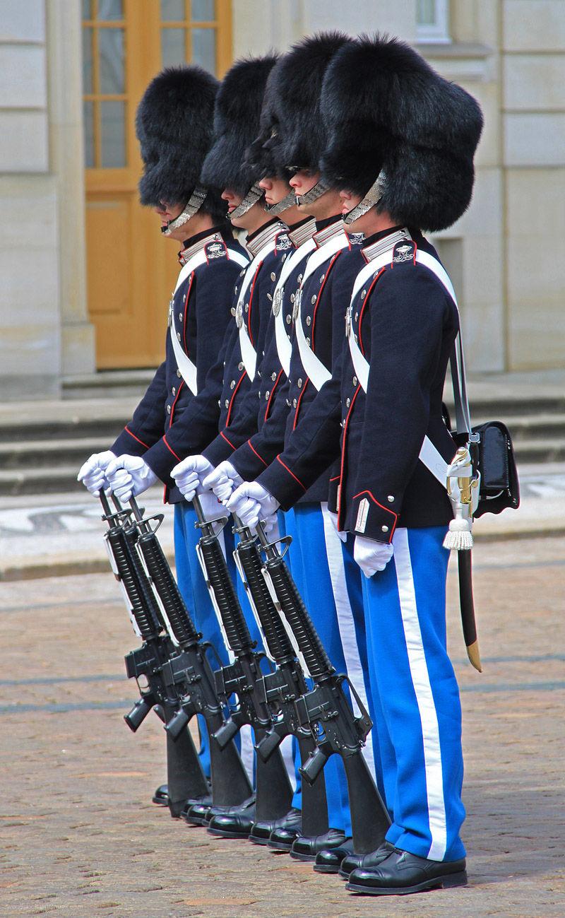 Changing the Guard Copenhagen