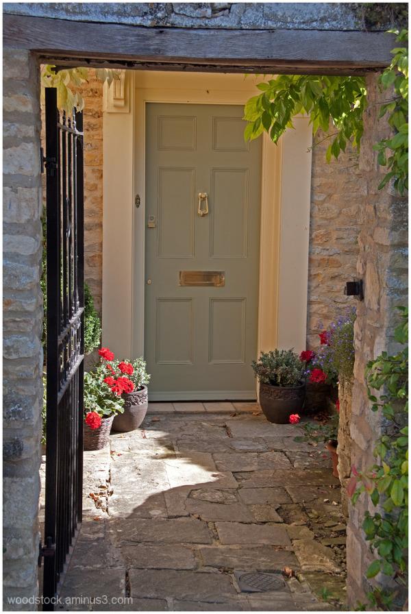 What lies behind that door ?