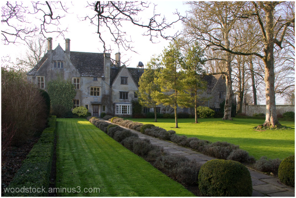 Avebury Manor.