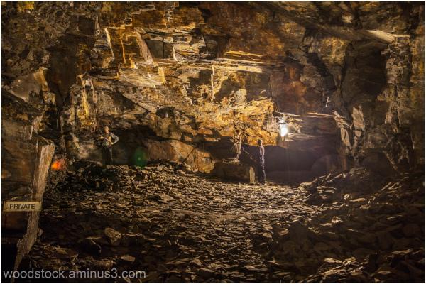 Carnglaze Cavern