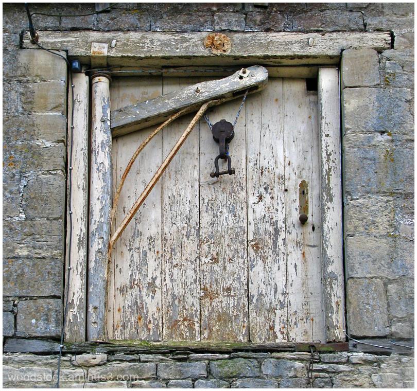 Barn Door and Hoist