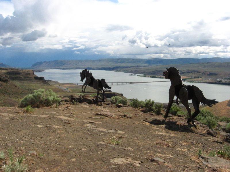 wild horse monument washington