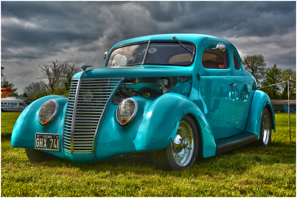 1937 Ford V8 Coupe