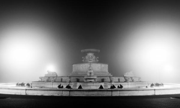 Scott Fountain with Fog