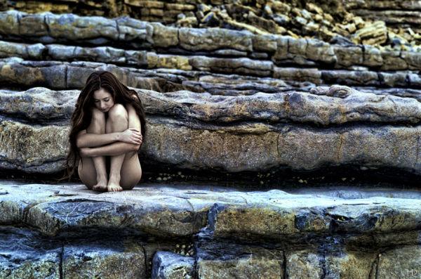 Sonia en las rocas