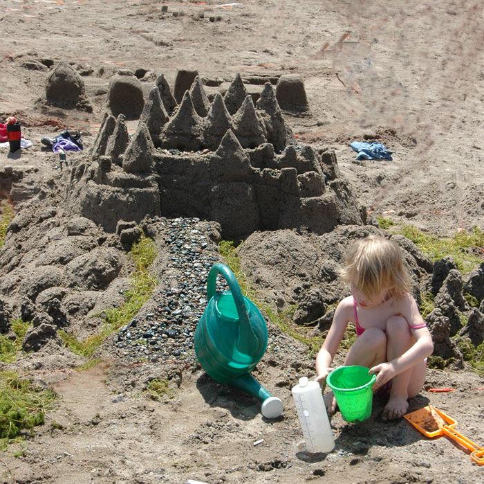 Sand sculpture contest aquatennial 2009