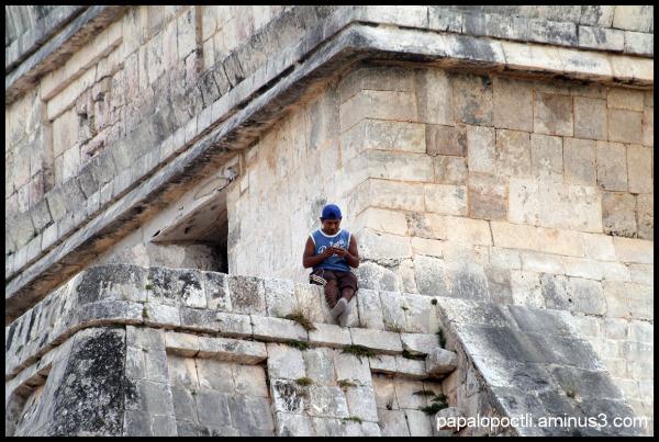 Trabajador en la pirámide