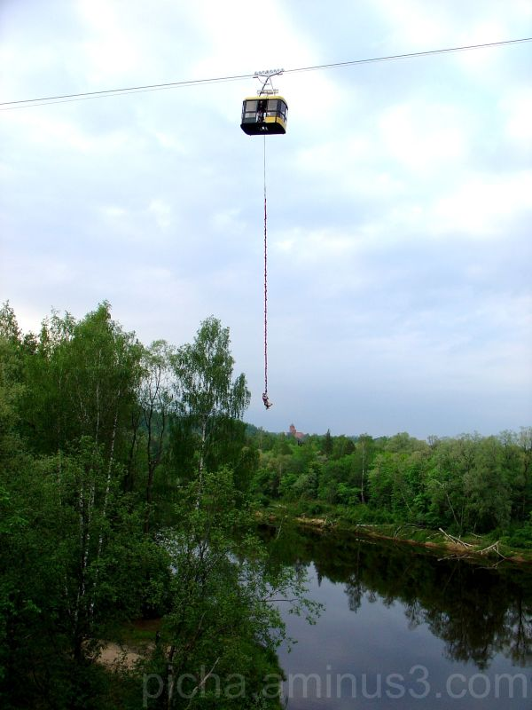 bungy jumping cable car Sigulda Latvia