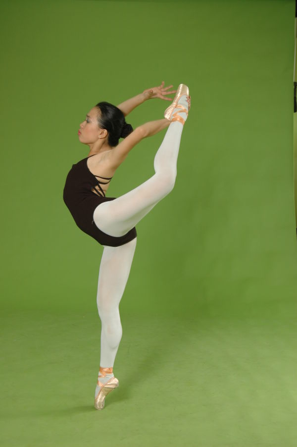 """A Dancer's Stunt"""