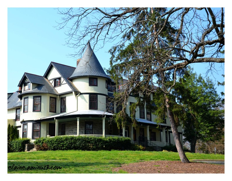 Warner Circle Mansion