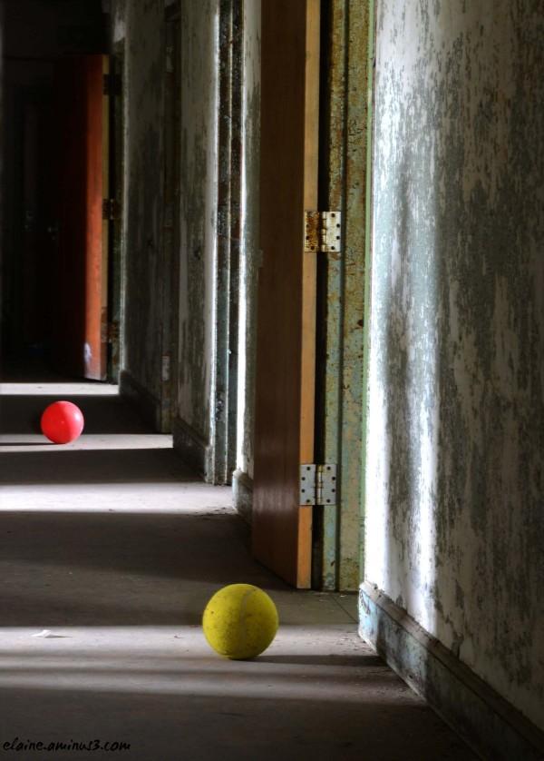 red ball yellow ball