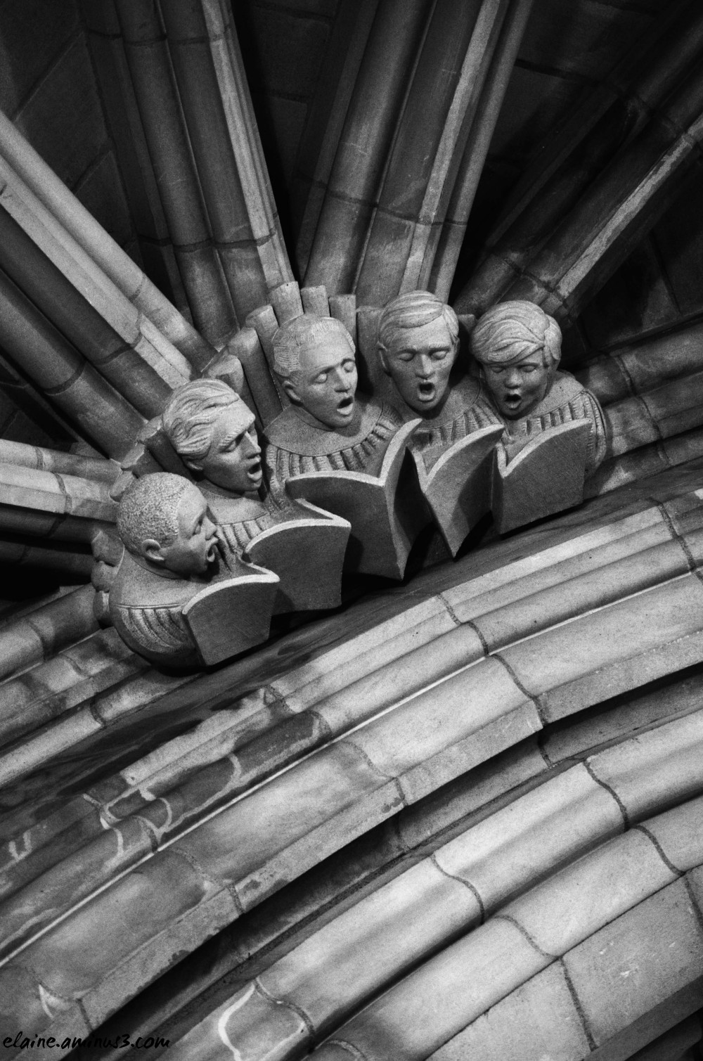 choir sculpture