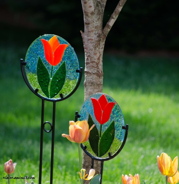 tulip glass art