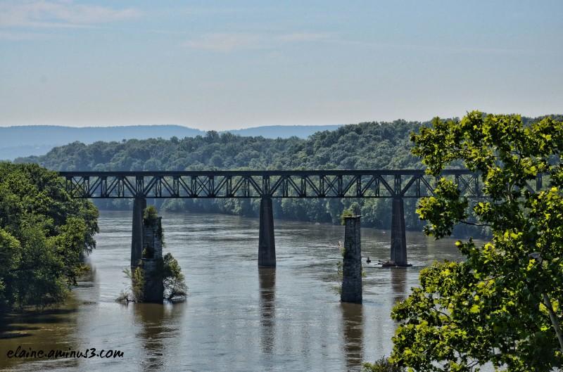 train bridge Potomac River