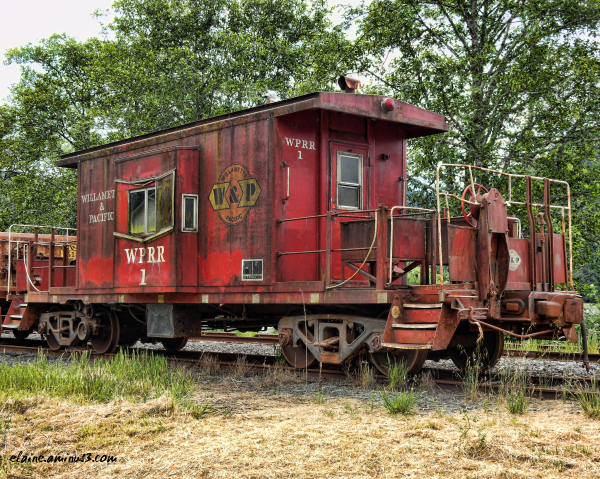 Willamet & Pacific Caboose