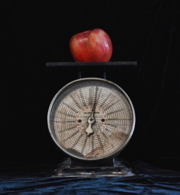Apple and Scale