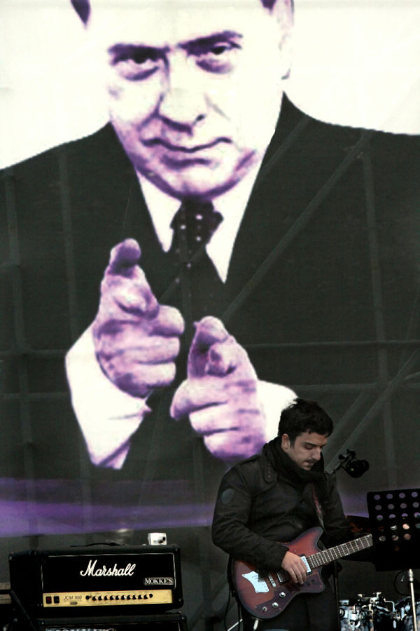5/12/09 NO Berlusconi Day