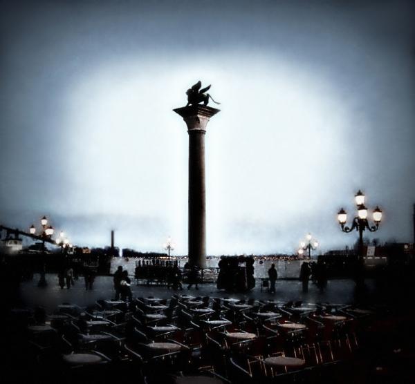 Venetian night 1/2