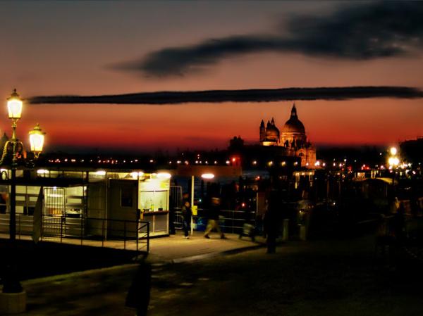Venetian night 2/2