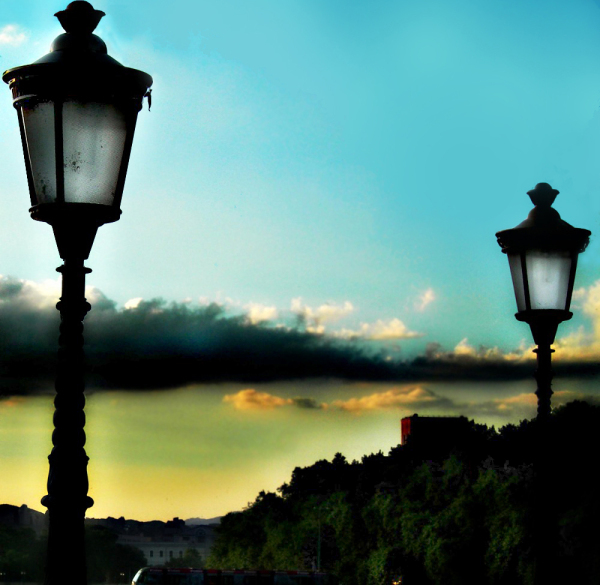 The lamps of the bridge