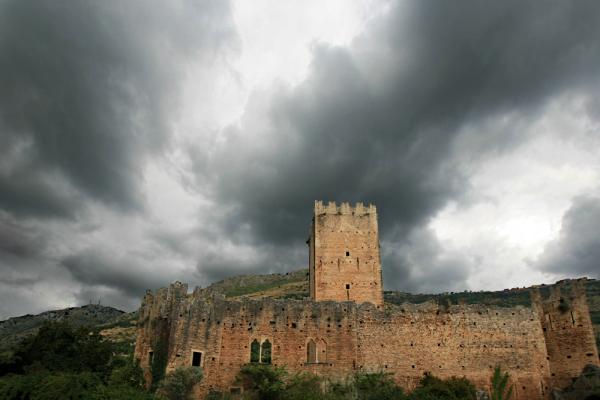 A desire to rain... (3)